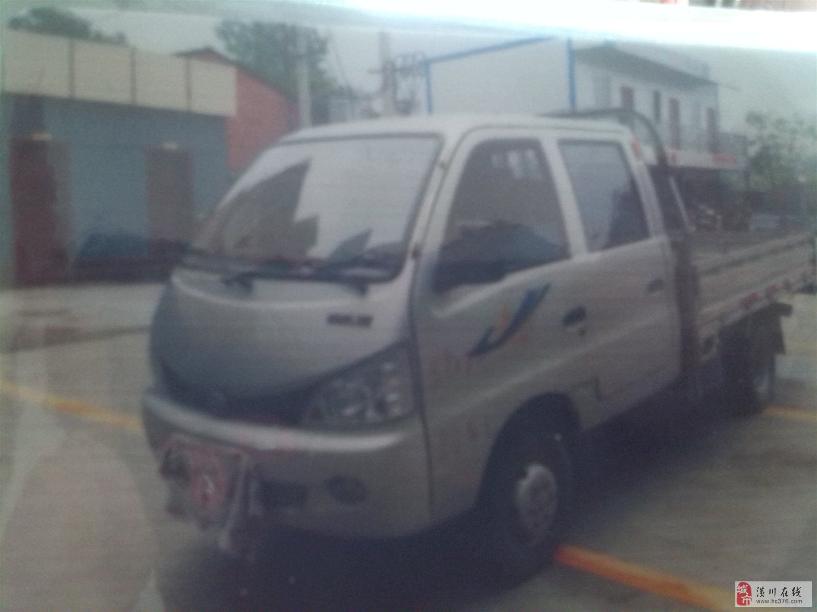 双排座小货车低价出售高清图片