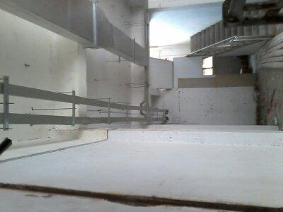 弱电桥架和强电桥架在安装时的距离的规范是多少 从桥架引出的管弯度图片