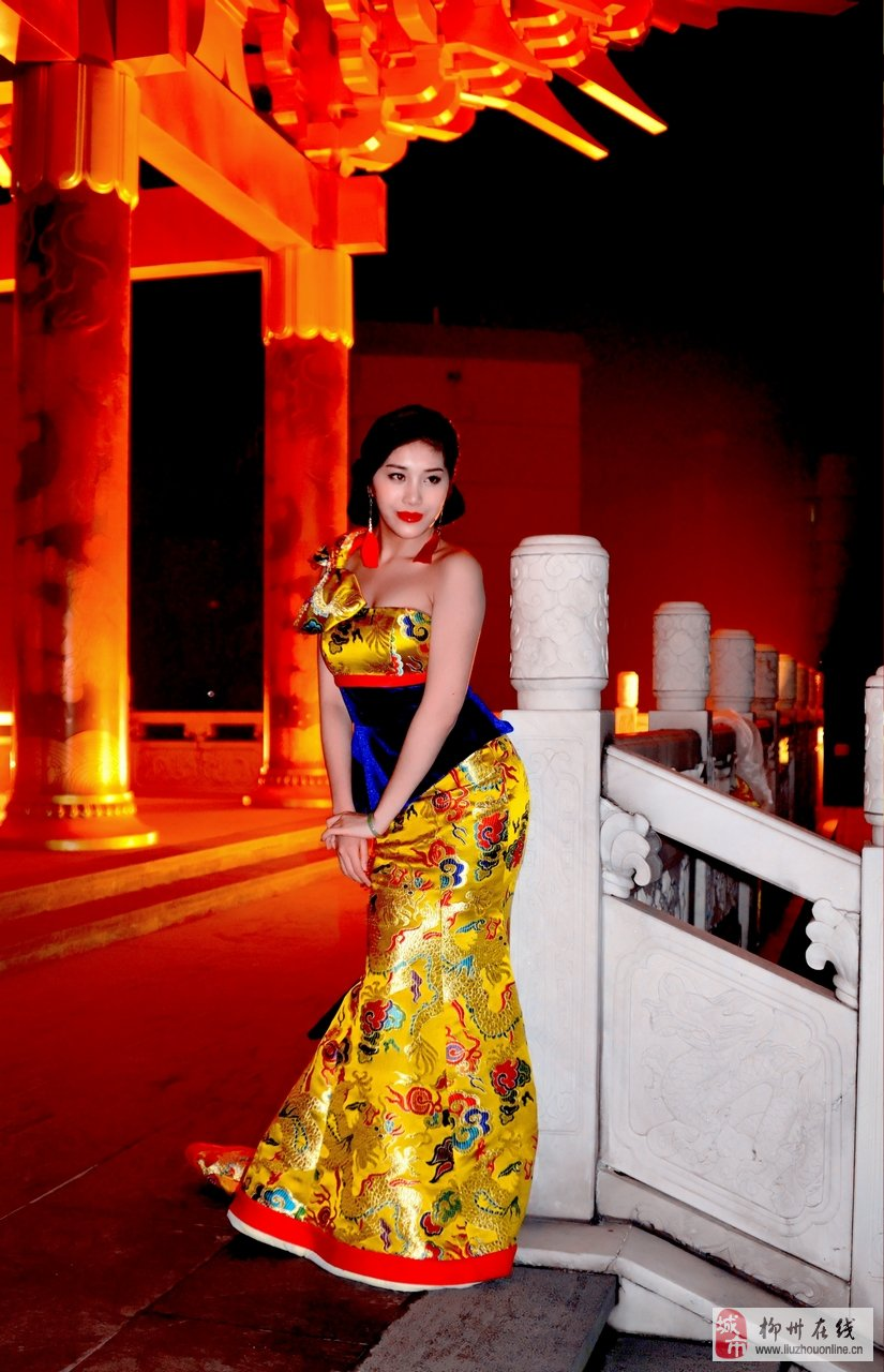 文庙里的旗袍女论坛图片_柳州论坛