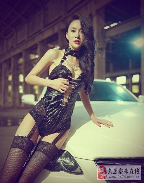 车模美女香艳车模黑色吊带网袜性感美图&nbsp