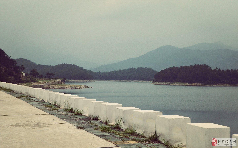 戴惠平 王近山 红安县出了多少将
