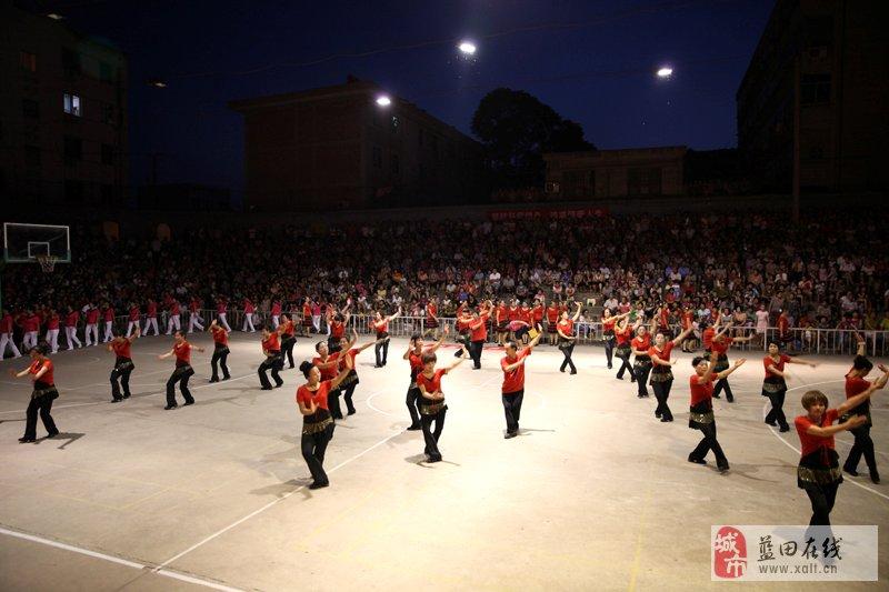 8月9日蓝田县健身广场舞大赛剪影图片
