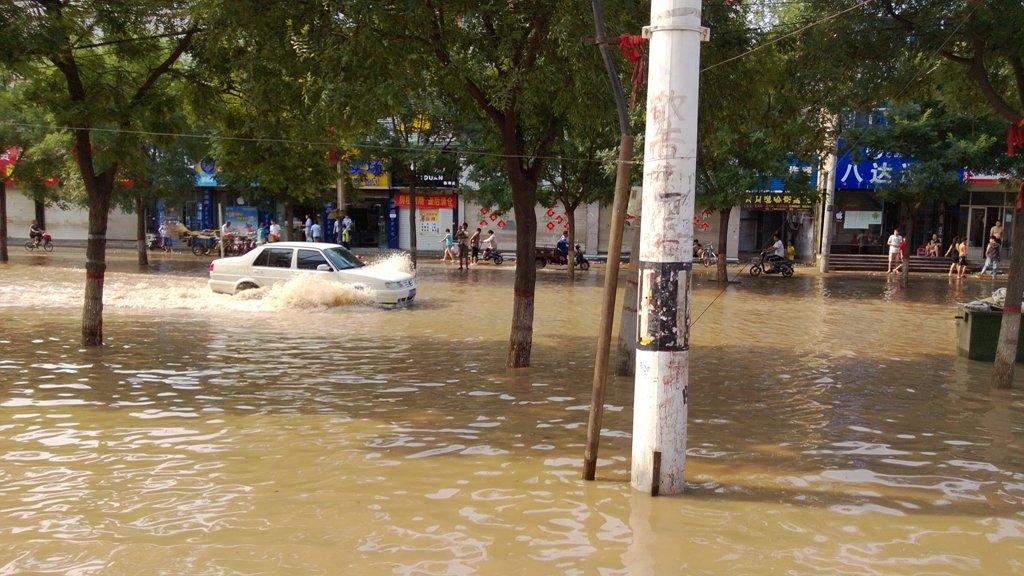 大雨过后淹了半个临清