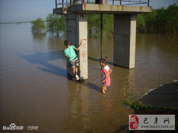 坠龙真实图片_黑龙江坠龙事件震惊中国,松花江龙 ...