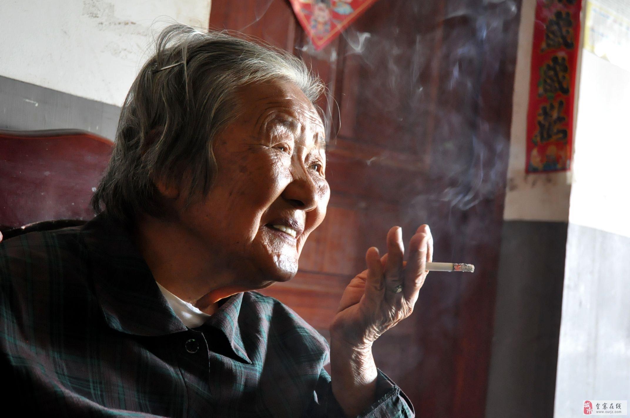 八十五岁的老太太的幸福生活