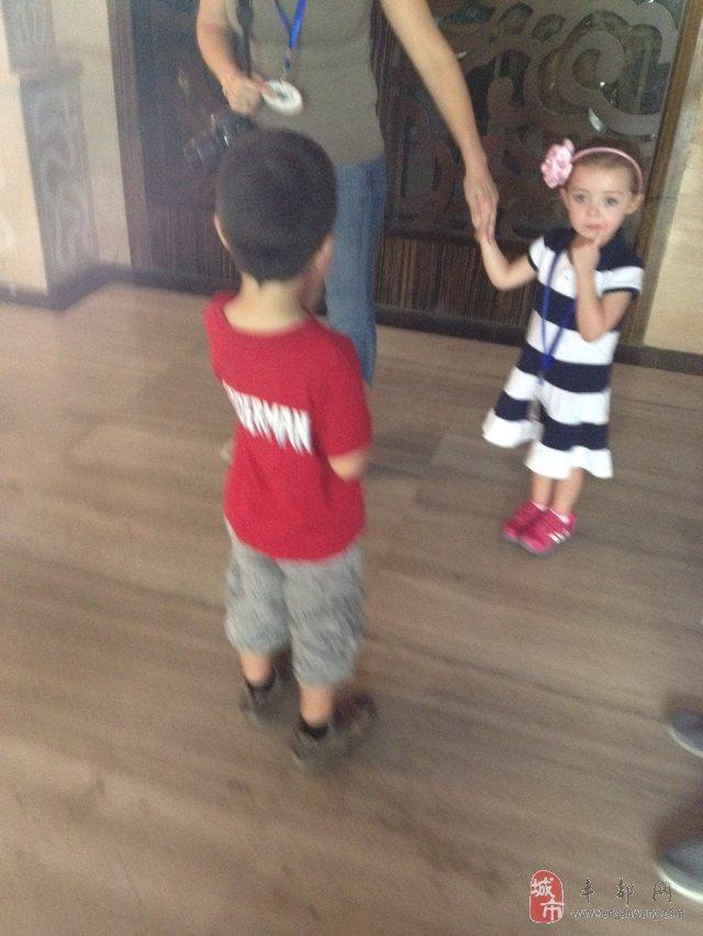 外国人的小孩子为什么这么可爱呢?