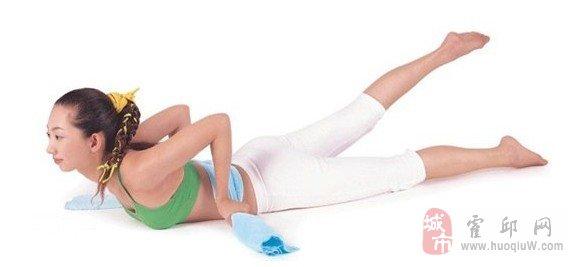 力推:简单轻松甩肉瑜伽 纤腰翘臀一起来