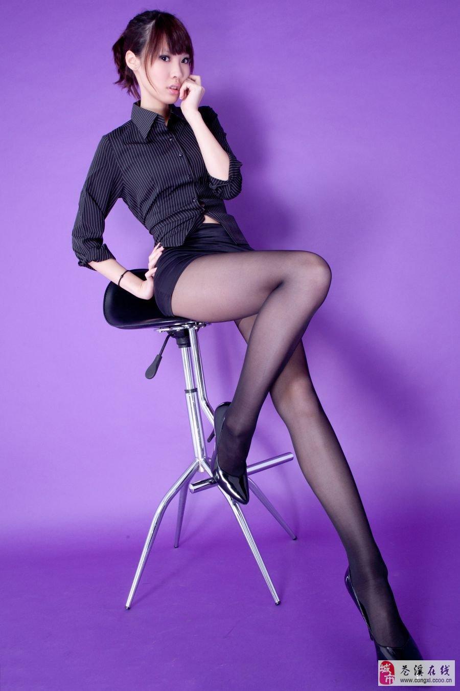 漂亮宅女 漂亮美腿美女 美女壁纸