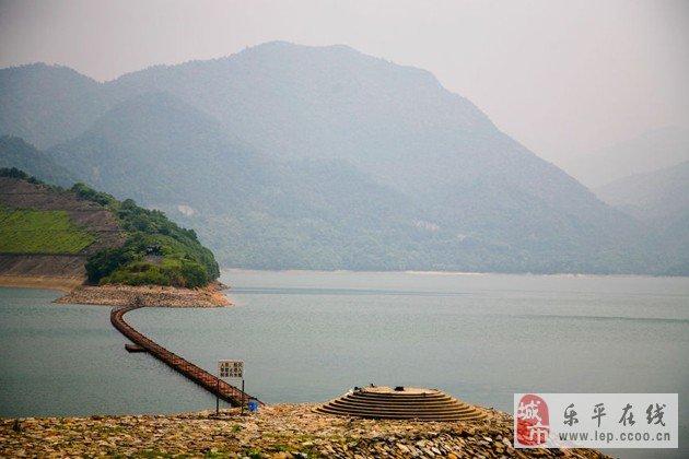 """庐山西海,原名是""""柘林湖"""",其实也就是一个人为水库,感觉上和千岛湖"""