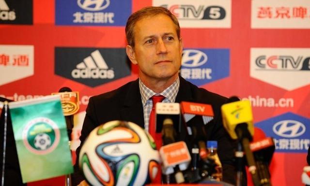足协官方宣布佩兰任国足主帅 目标2018世界杯