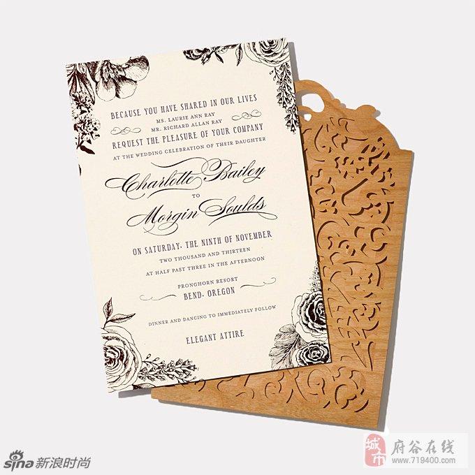 手绘花纹结合凸版印刷,搭配激光切割木质薄套,称为最用心的请柬也不为图片