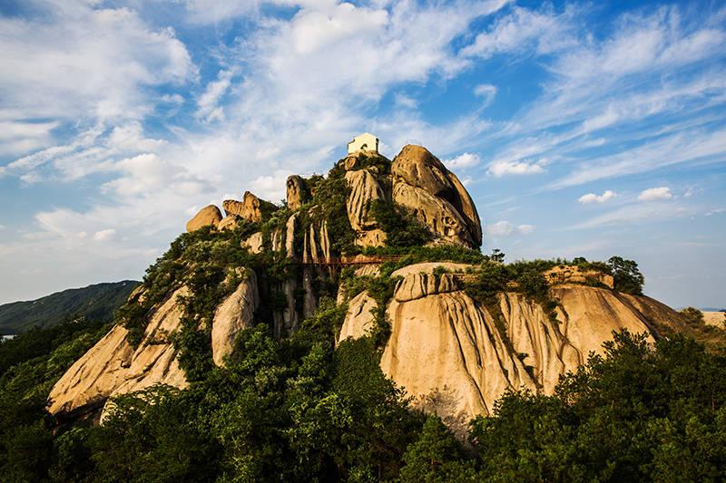旅游风景区,位于传奇大别山脉的最西端,位于湖北省武汉市黄陂区与孝感