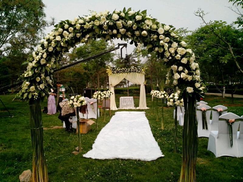 首页 装修攻略 婚礼 准新人快来看,婚礼现场鲜花布置技巧     浪漫