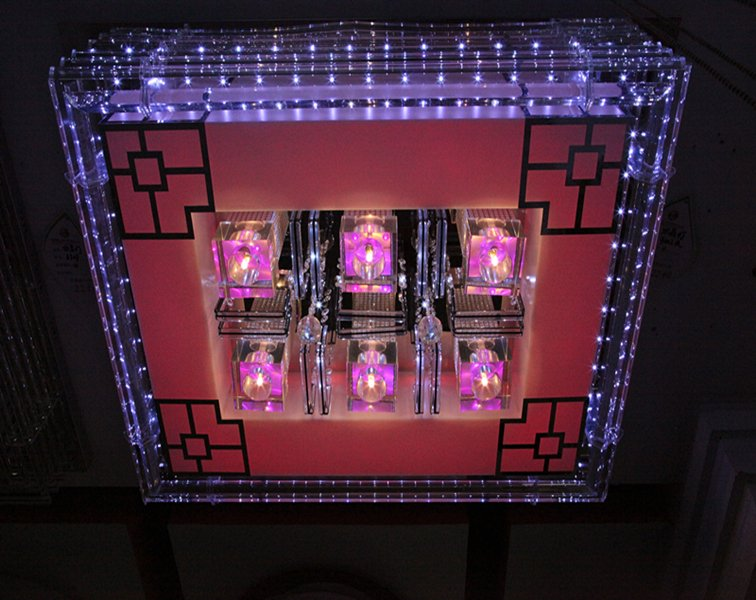 欧特朗水晶灯图片