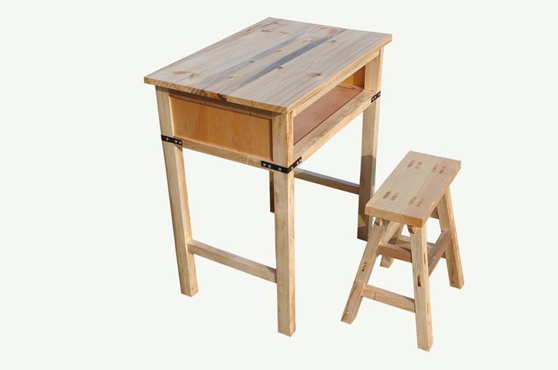 中小学课桌