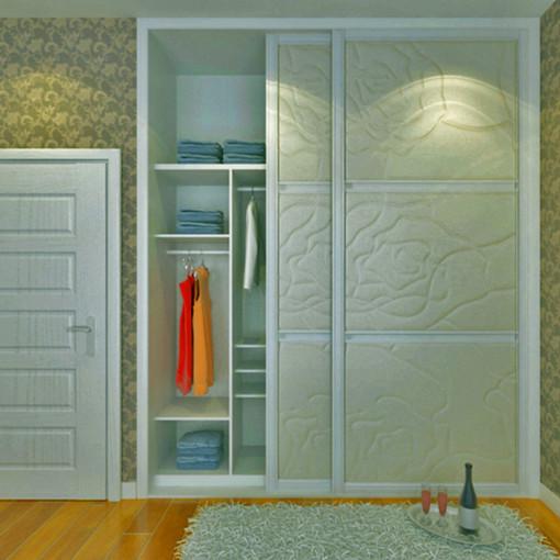 产品名称:家装整体衣柜效果图 设计源点:精致工艺,精美搭配 推荐指数: 详细介绍: 朴实的颜色,精致图案工艺,卓越的五金边框,美式风格的整体衣柜轮廓和造型浪漫空间,只是将象征权利的赘饰简化,更注重实用,不会有大面积的雕刻和过分的装饰 就整体而言,美式风格传达了单