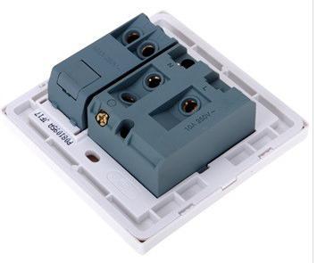 欧普开关86型电工致美单开五孔插座p081095a