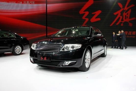 市委书记王荣每天乘坐比亚迪e6电动车上下班,今有外交部长坐红旗车,这