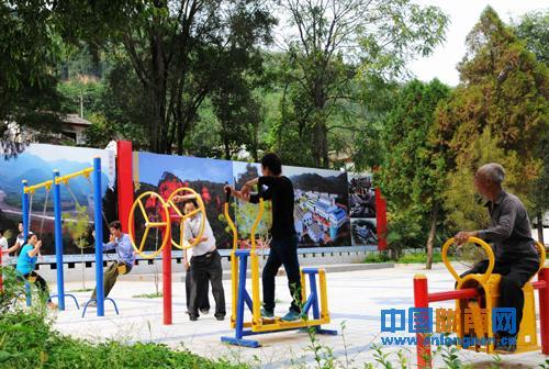 陇南市徽县建成农村文化广场30多个