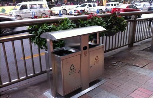 """泸州860个新型不锈钢垃圾桶将全面""""上岗"""""""