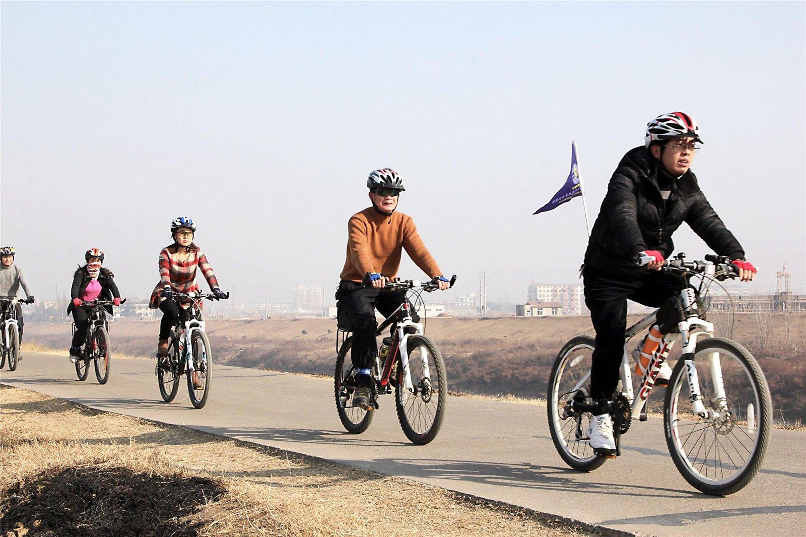 铁刷自行车俱乐部_应城单车俱乐部车友邀约骑行天鹅镇