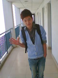 2000-2999元  最高学历: 大专  籍  贯: 江苏如东  毕业学校: 南京