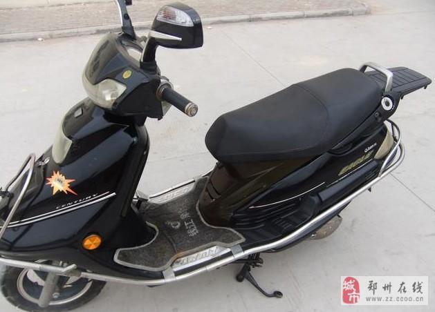 转让崭新的钱江125踏板摩托