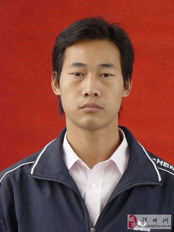 王乐乐(男,26岁)