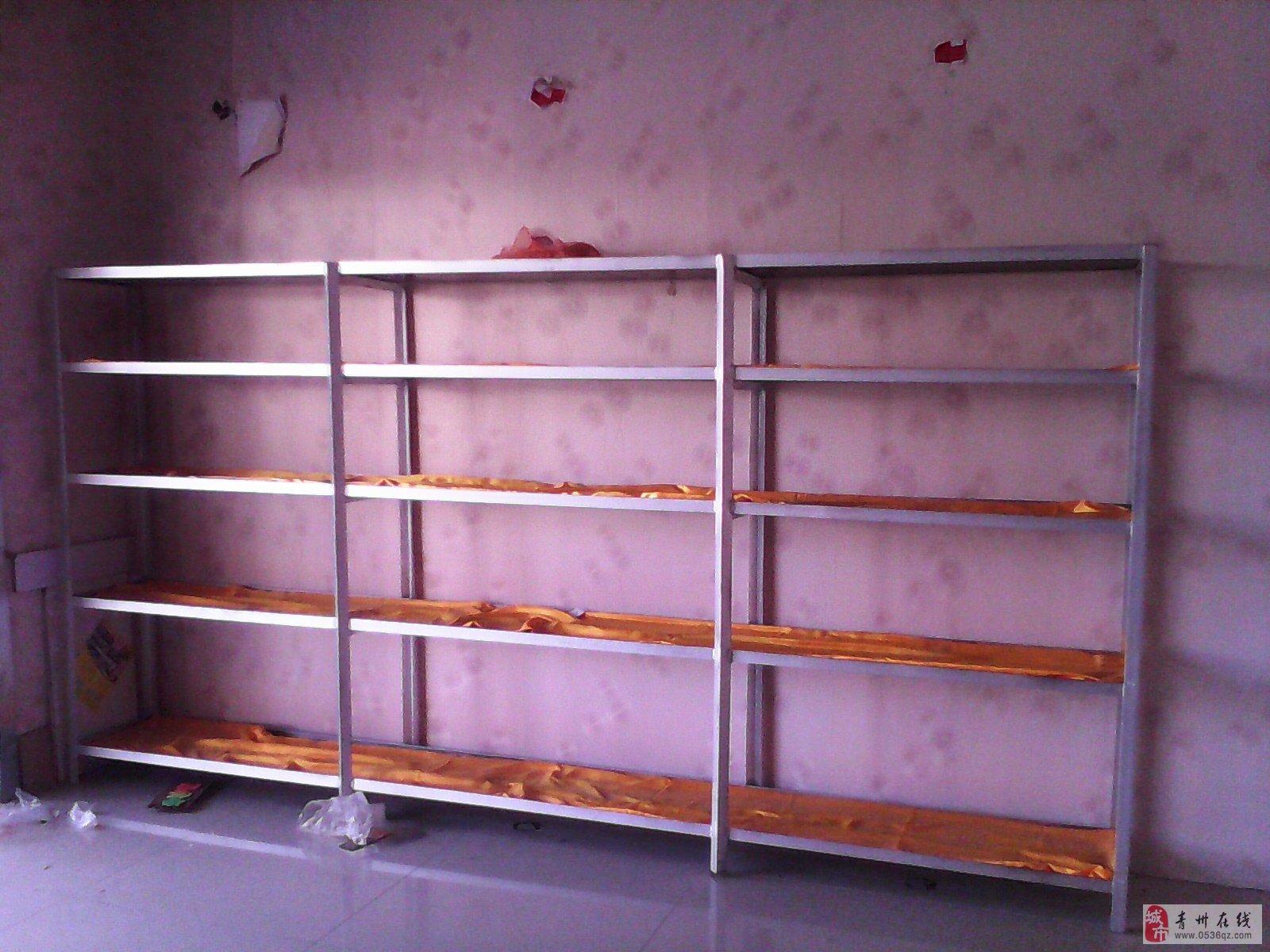 自己焊接的角钢货架