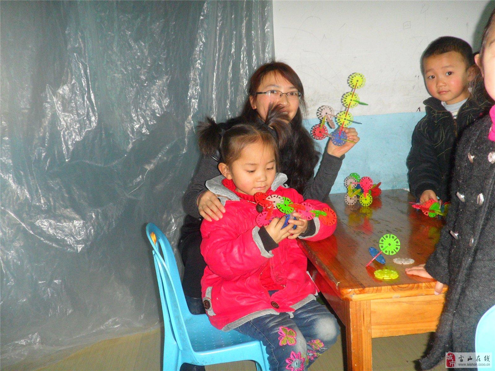 2008年3月-2010年9月于创世纪幼儿园任教一直任中二