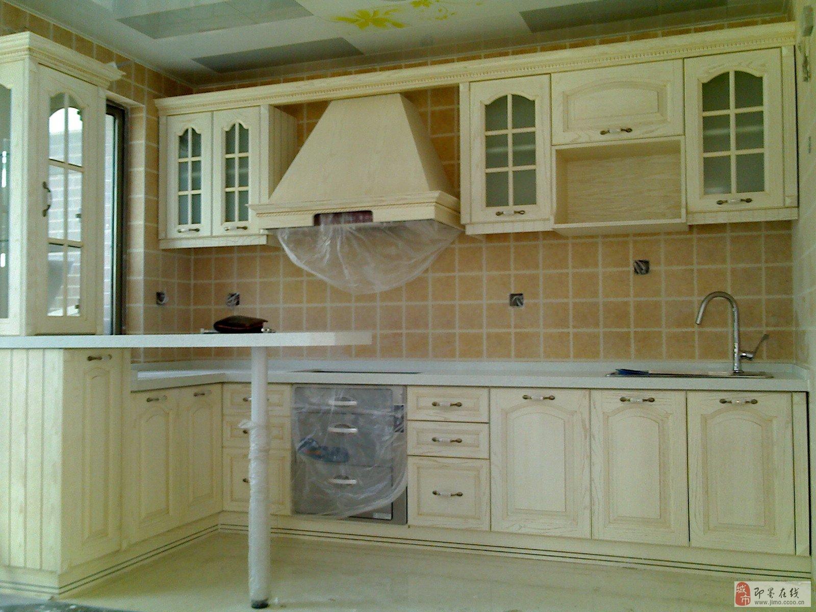 专业承接卫生间隔断,橱柜等板式家具
