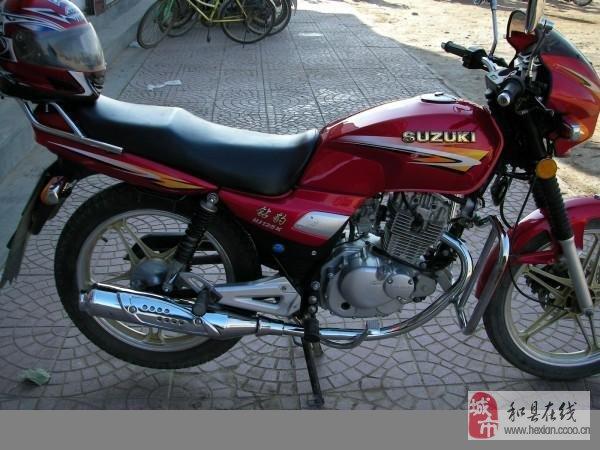 出售九成新的豪爵钻豹125摩托车