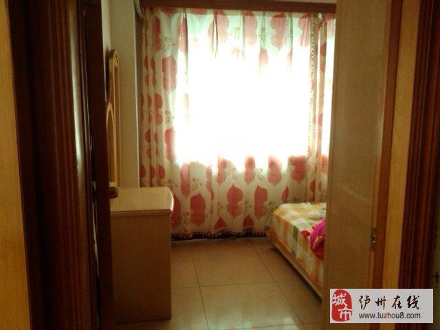 泸州江阳区佳乐公寓3室2厅全家电出售高清图片