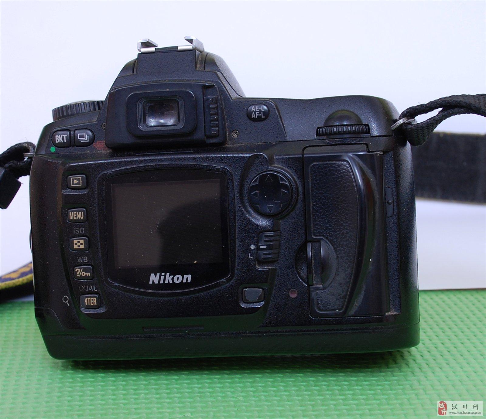 85新尼康D70一台加18-55镜头,单反机