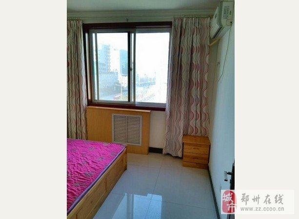 出租次卧,精装修,家具家电齐全,双气,低楼层