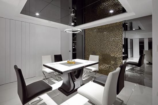 黑白马赛克混搭3居室 有层次又好清洁