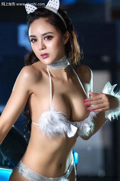 猫女妖娆身材超性感美女车模诱惑难挡