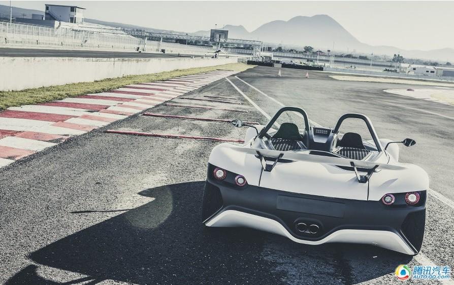 南美羽量级超跑:VŪHL 05中置发动机无顶跑车