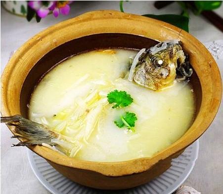 8)把白萝卜加入锅中再煲半商行.新世纪调味品小时怎么样图片