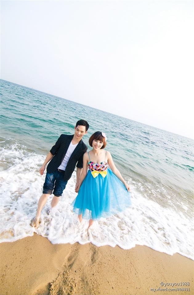 沙滩婚纱照