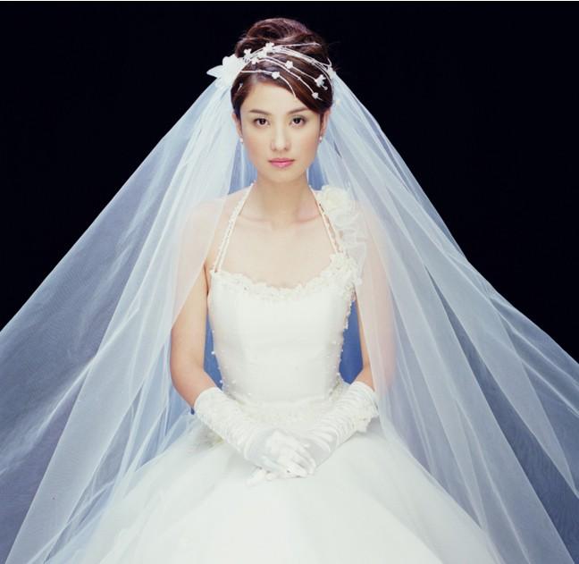 头像穿婚纱跑的图片