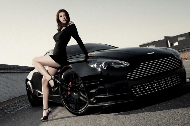 性感美女情陷英国绅士 豪车的诱惑