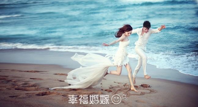 李小璐贾乃亮海边婚纱照飘逸唯美