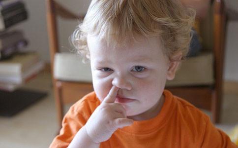 孩子经常挖鼻孔,容易引起鼻腔感染