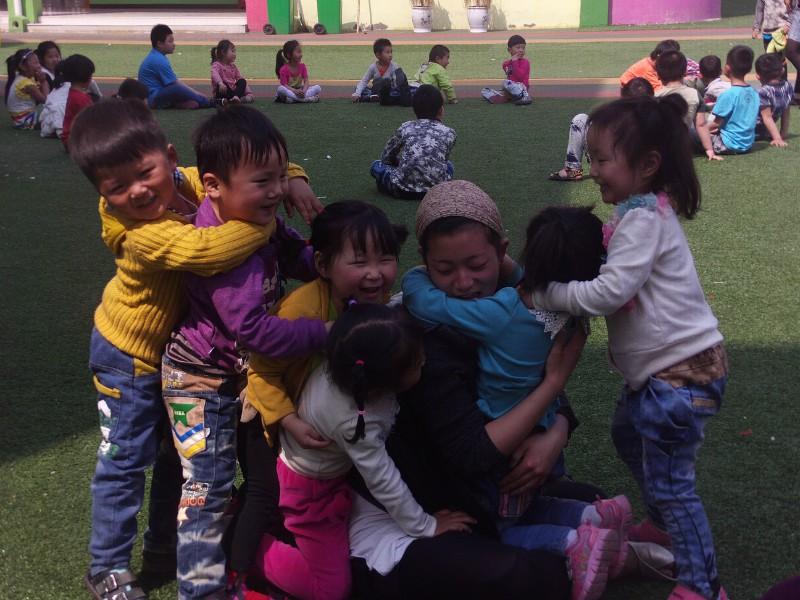 幼儿园孩子洗脸步骤图片