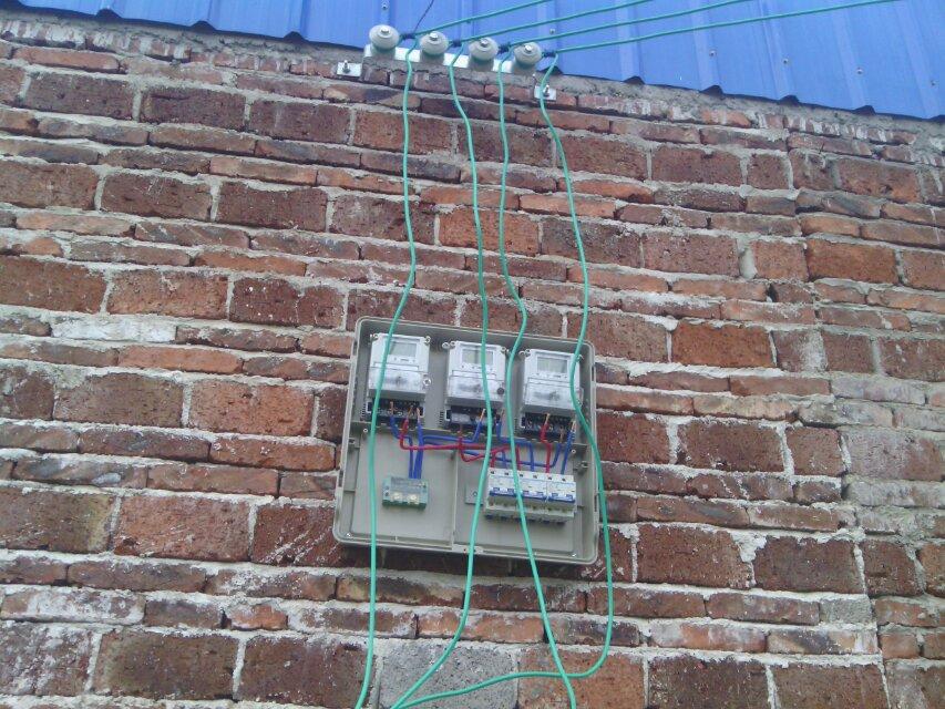承接室内线路安装维修及室外电线架设