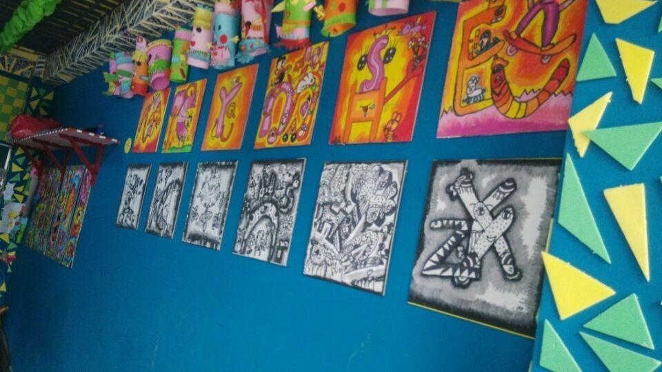 满洲里童彩儿童美术培训中心